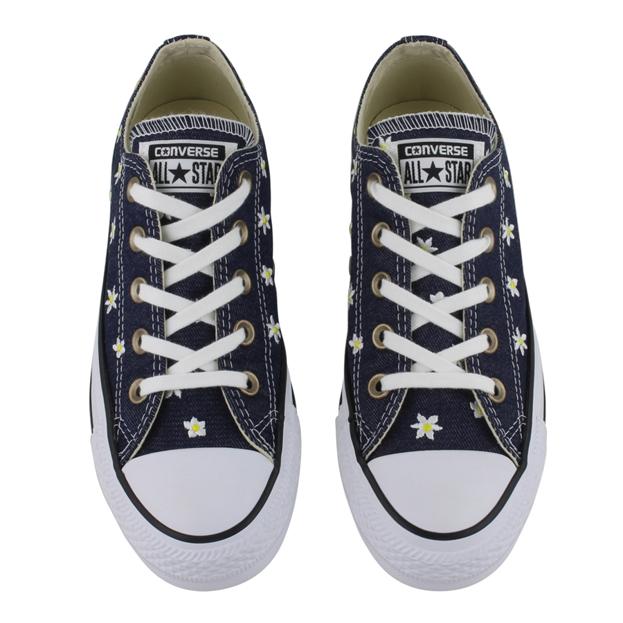 CTAS OX Denim Daisy Low Tops